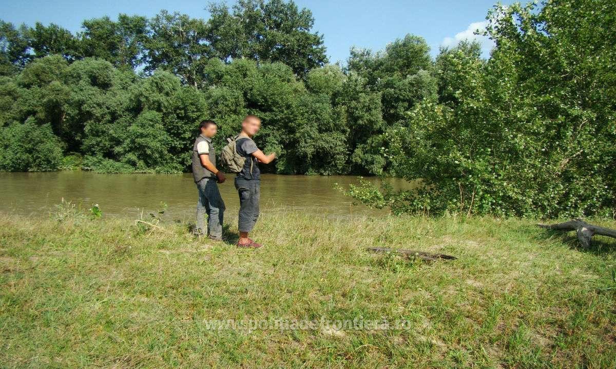 Doi tineri din R. Moldova, opriți la frontieră